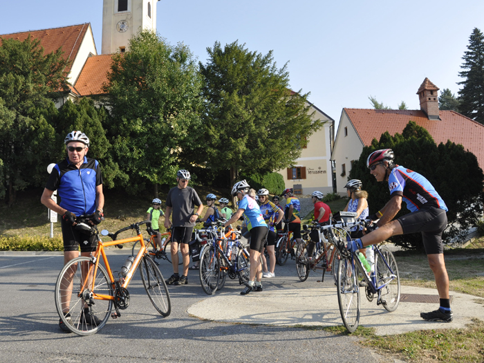 Emerald Guided Cycling Tour