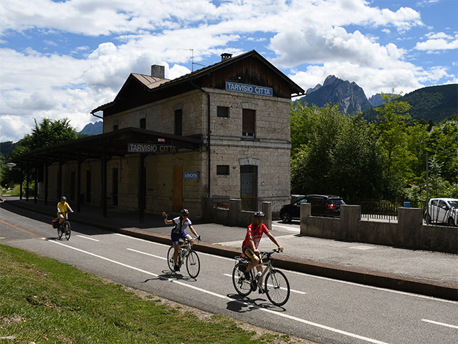 Bike from Salzburg to Lake Bled