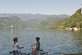 cyclingslovenia_lakes and cities tour_lake bled