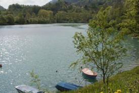 cyclingslovenia_vistas_wines__smartno_soca_river